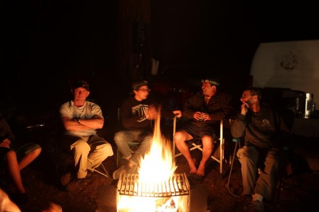 mono-hot-springs-marital-arts-campfire